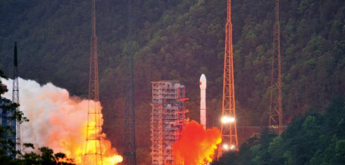 封二:中国通信卫星开启高通量时代