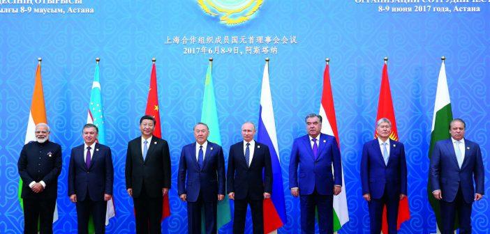 习近平出访哈萨克斯坦并出席上合组织峰会