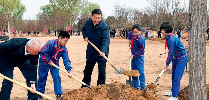 封二:党和国家领导人参加首都义务植树活动|李克强出访欧洲