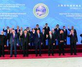 封二:习近平访问中亚两国并出席两大峰会(新华社发/高洁 张领摄)